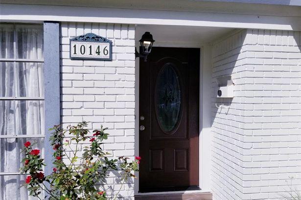 10146 Moorberry Lane