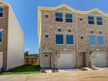 8705 Bryam #1803, Houston, TX, 77061,