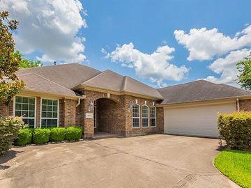 1502 Thunder Lake Lane, Sugar Land, TX, 77498,