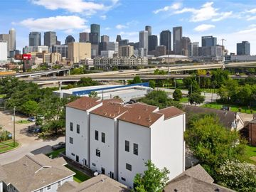 2104 Webster Street, Houston, TX, 77003,