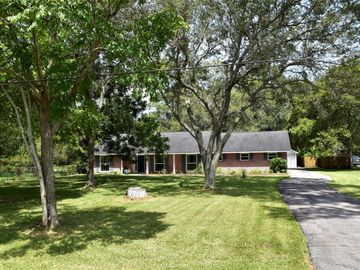 3527 Yupon Street, Dickinson, TX, 77539,