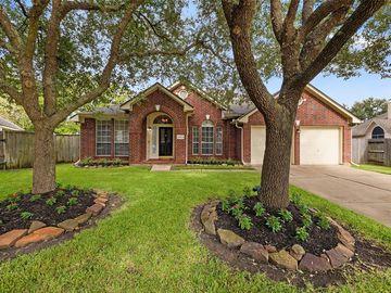 8623 Green Ash Drive, Sugar Land, TX, 77479,