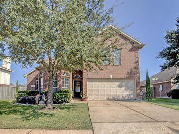 215 Boxwood Drive, Baytown, TX, 77520,