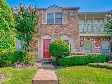 1447 Fountainview Drive #4, Houston, TX, 77057,