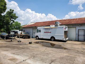 4727 Selinsky Road, Houston, TX, 77048,