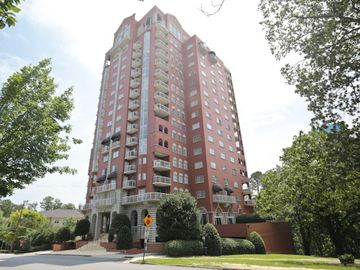 3435 Kingsboro Road NE #803, Atlanta, GA, 30326,