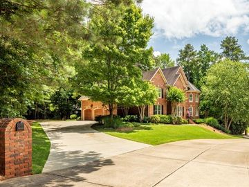 1545 Spalding Drive, Sandy Springs, GA, 30350,