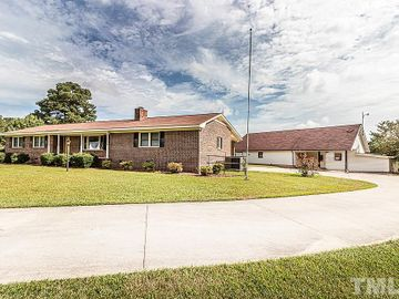 8027 S Old Carriage Road, Rocky Mount, NC, 27803,
