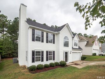 701 Holly Thorne Trace, Holly Springs, NC, 27540,