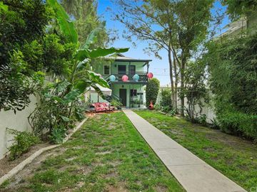 3558 Lewis Avenue, Long Beach, CA, 90807,