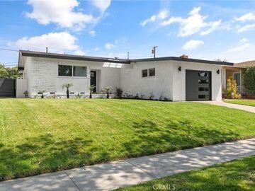 2416 Vuelta Grande Avenue, Long Beach, CA, 90815,
