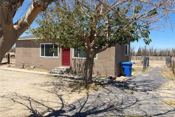 1211 Santa Fe Drive
