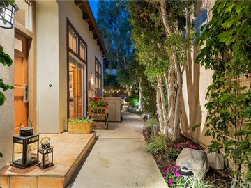 10888 Dishman Place, Tustin, CA, 92782,