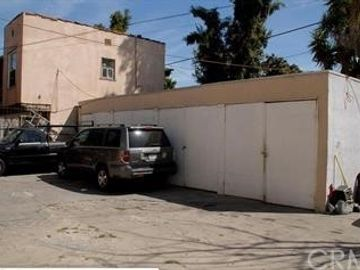 1834 W 11th Place, Los Angeles, CA, 90006,