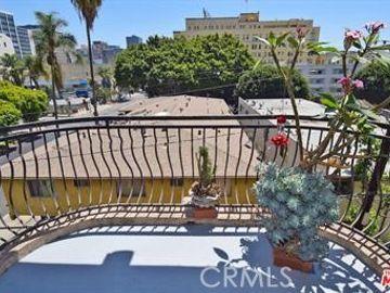 700 S Ardmore Avenue #403, Los Angeles, CA, 90005,
