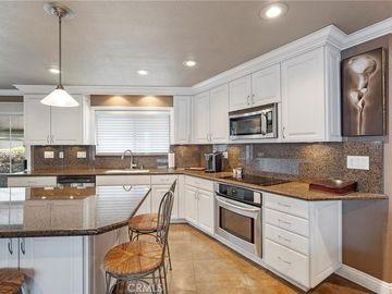 325 W 2nd Street, Tustin, CA, 92780,