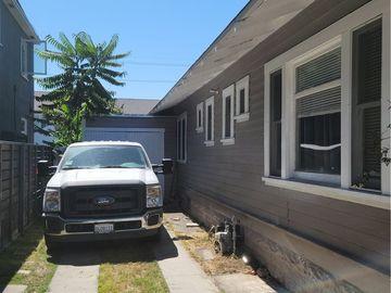 731 Olive Avenue, Long Beach, CA, 90813,