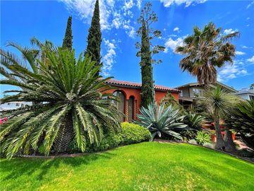 2501 E 1st Street, Long Beach, CA, 90803,