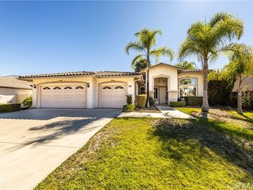 36260 Village Road, Yucaipa, CA, 92399,