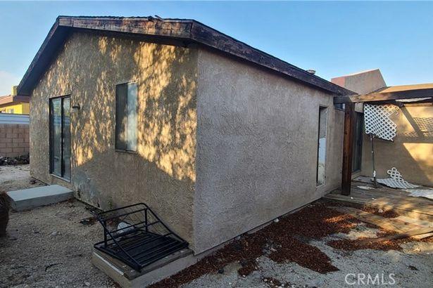 3241 N Sandspring Drive