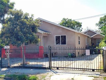 700 W 77th Street, Los Angeles, CA, 90044,
