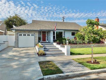 4331 E De Ora Way NE, Long Beach, CA, 90815,