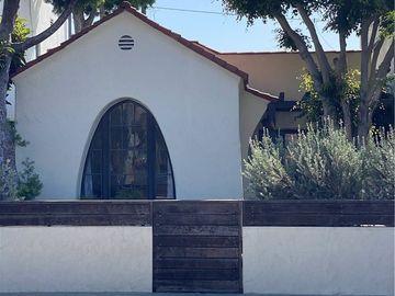 112 Corona Avenue, Long Beach, CA, 90803,