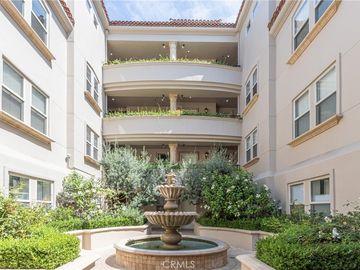 1658 Camden Avenue #105, Los Angeles, CA, 90025,