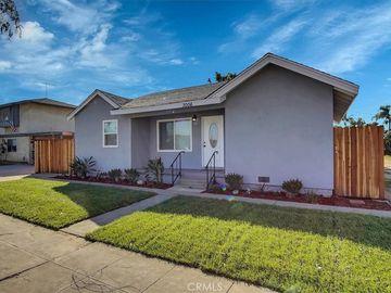 3006 E 70th Street, Long Beach, CA, 90805,