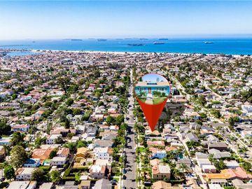305 Roycroft Avenue, Long Beach, CA, 90814,