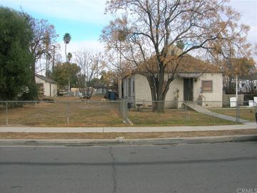 172 E 5th Street, Perris, CA, 92570,