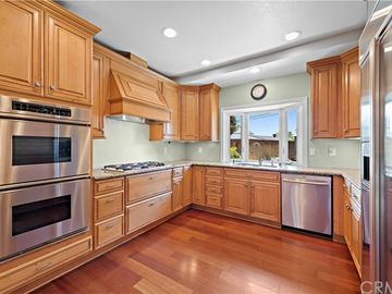 18201 Weston Place, Tustin, CA, 92780,