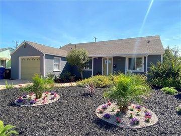 17412 Valerio Street, Lake Balboa, CA, 91406,