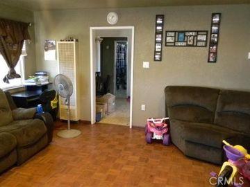 422 S C Street, Perris, CA, 92570,