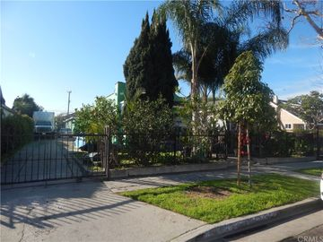 1040 W 92nd Street, Los Angeles, CA, 90044,