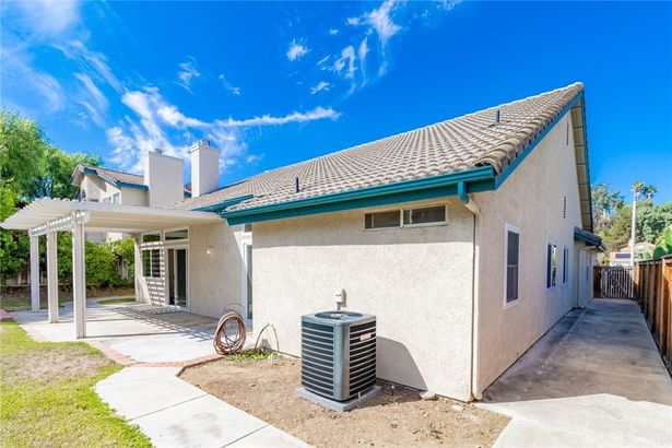 40550 New Town Drive