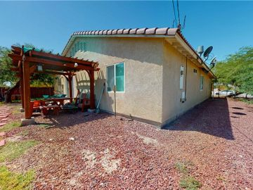 2834 Bach Ave, Thermal, CA, 92274,
