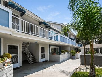 18427 Vincennes Street #6, Northridge, CA, 91325,
