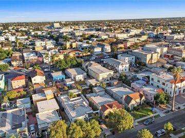 1822 S Mansfield Avenue, Los Angeles, CA, 90019,