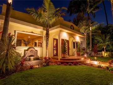 211 Roswell Avenue, Long Beach, CA, 90803,