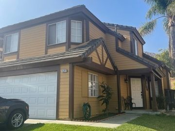 16207 Trailwinds Drive, Fontana, CA, 92337,