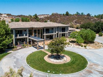 15609 Bronco Drive, Canyon Country, CA, 91387,