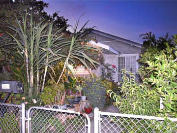 1143 W 71st Street, Los Angeles, CA, 90044,