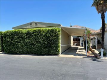 16079 Yarnell Street #C4, Sylmar, CA, 91342,