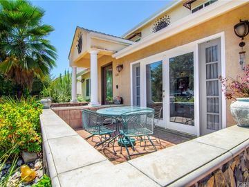 5157 Garden Grove Avenue, Tarzana, CA, 91356,