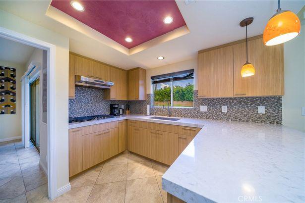 40580 Ventana Court