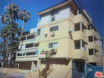 2462 S Barrington Avenue, Los Angeles, CA, 90064,