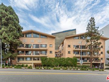 1154 S Barrington Avenue #A, Los Angeles, CA, 90049,