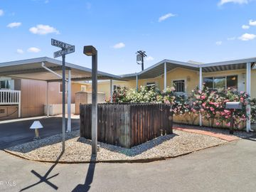 24 Essex Drive, Northridge, CA, 91324,