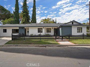 23258 Victory Boulevard, Woodland Hills, CA, 91367,